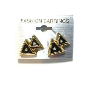 Jewelry - Black and Gold Triangle Clip On Earrings New